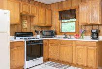 Apache Cabin kitchen - a rustic Illinois cabin