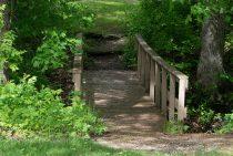 Bridge Cabin bridge - romantic accommodations near Starved Rock