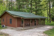 Commanche Cabin - pet-friendly Starved Rock accommodations
