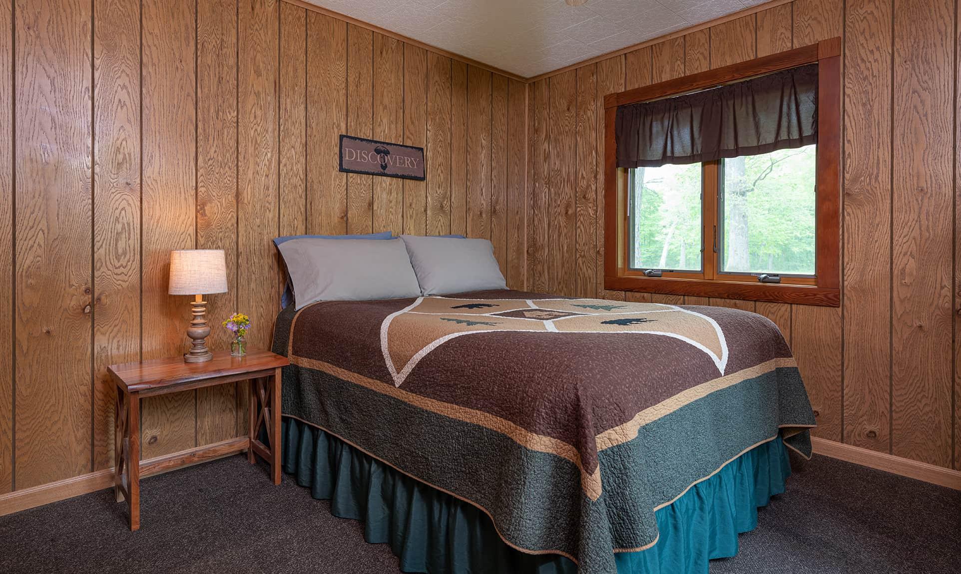 Illini Cabin bed
