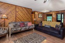 Illini Cabin couches - family cabin near Matthiessen State Park