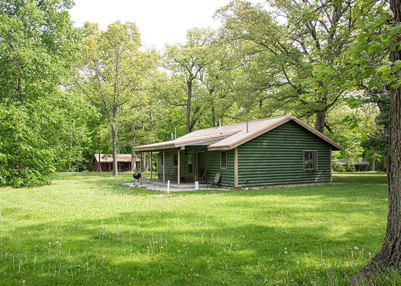 Illini Cabin exterior