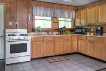 Full kitchen in a dog friendly cabin near Chicago