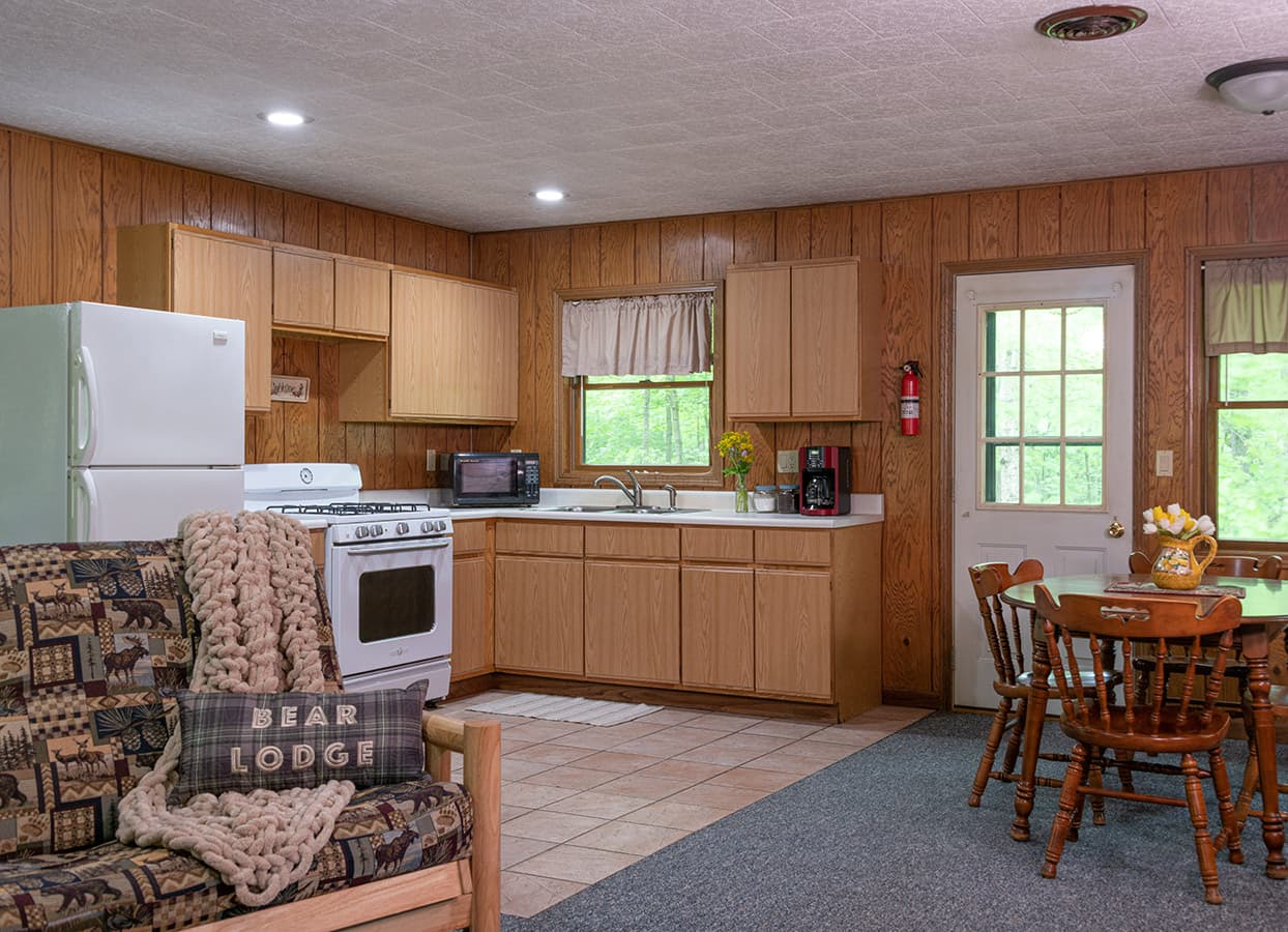 full kitchens at our accommodations near Starved Rock