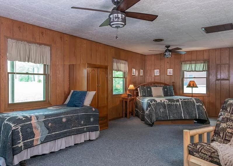 Osage Cabin beds