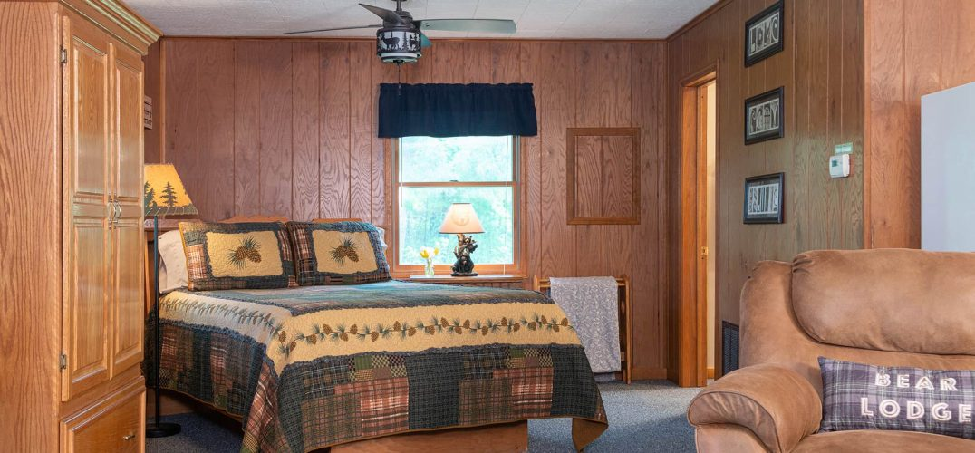 Pines Cabin bed