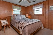 Trading Post Cabin bed