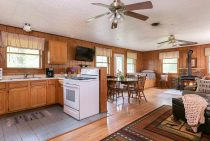 full kitchen for family friendly Starved Rock lodging