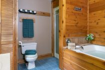 Winnebago Cabin bathroom