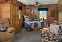 Winnebago Cabin - dog-friendly lodging near Starved Rock