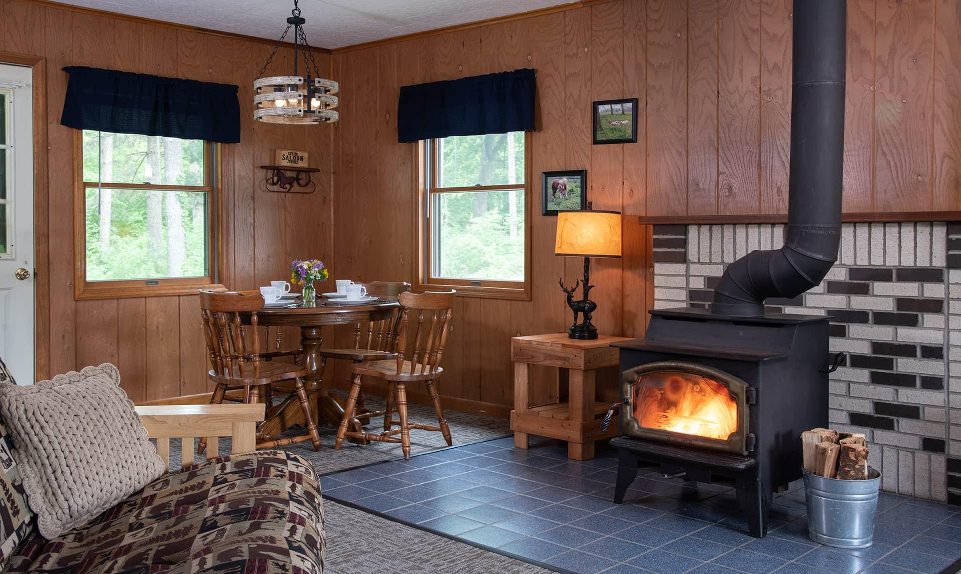 Winnebago Cabin stove - dog-friendly lodging near Starved Rock