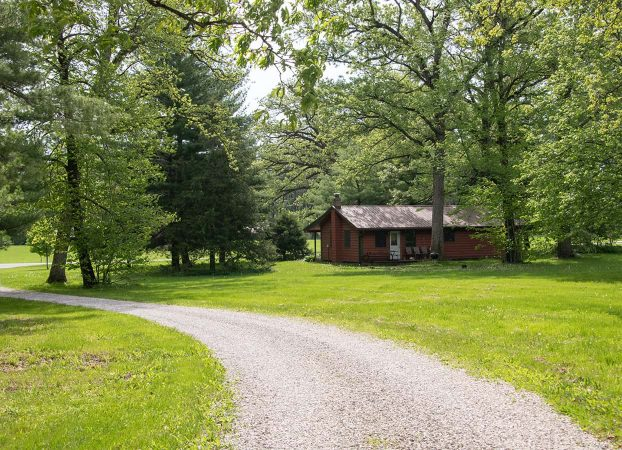 Book Trading Post Cabin with a cabin gift certificate